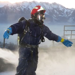 Mediumtweight non-ventilated protective suits