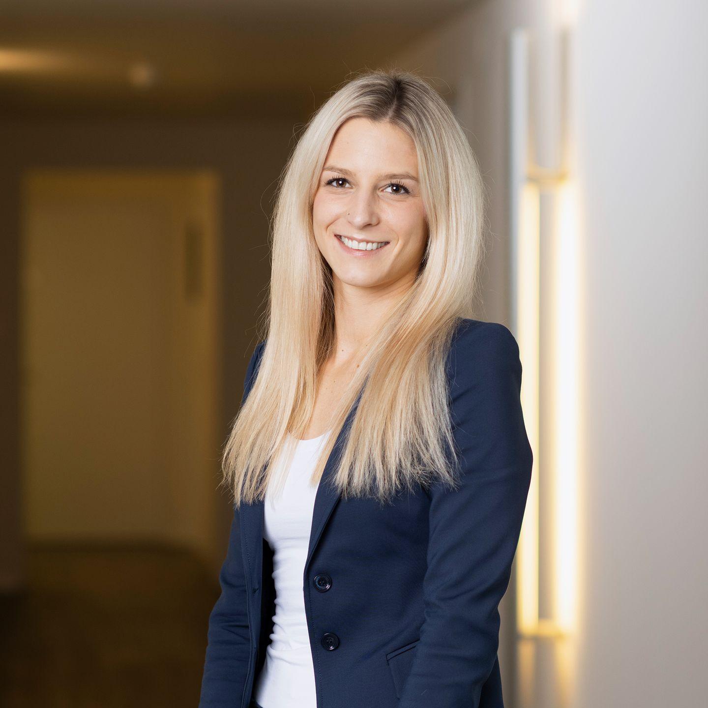 Nicole Amport