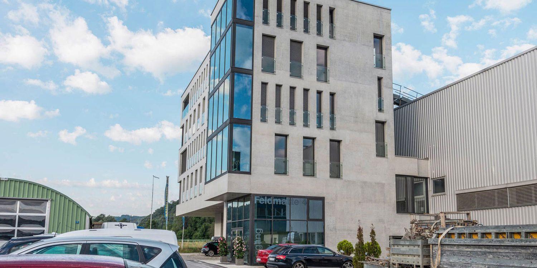 Büro- & Geschäftshaus
